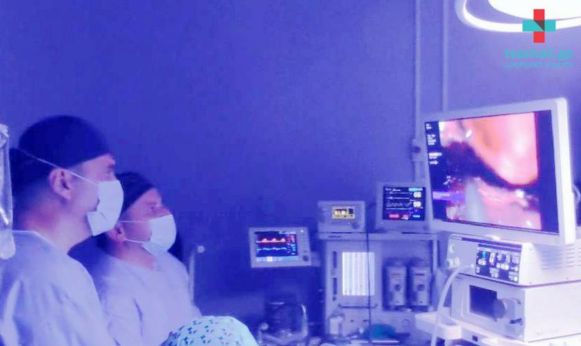 """""""მარდალეიშვილის სამედიცინო ცენტრში"""" ფარისებრი ჯირკვლის ოპერაციები უკვე კისრის არეში განაკვეთის გარეშე ტარდება"""
