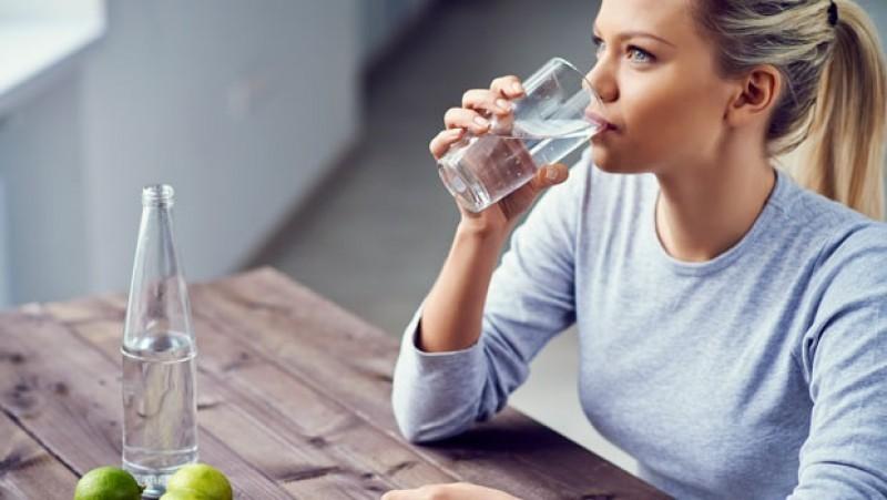 როგორ გავთვალოთ სწორად დღე-ღამეში მისაღები წყლის ნორმა?