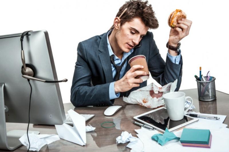 5 მიზეზი თუ რატომ სუქდები სამსახურში