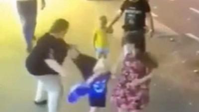 უცნობმა ქალმა ცივი იარაღით 3 წლის ბავშვი დაჭრა