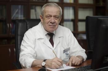 აკაკი ნადარეიშვილი (პროფესორი)